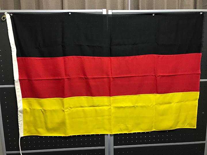 スイブルフック付の旗